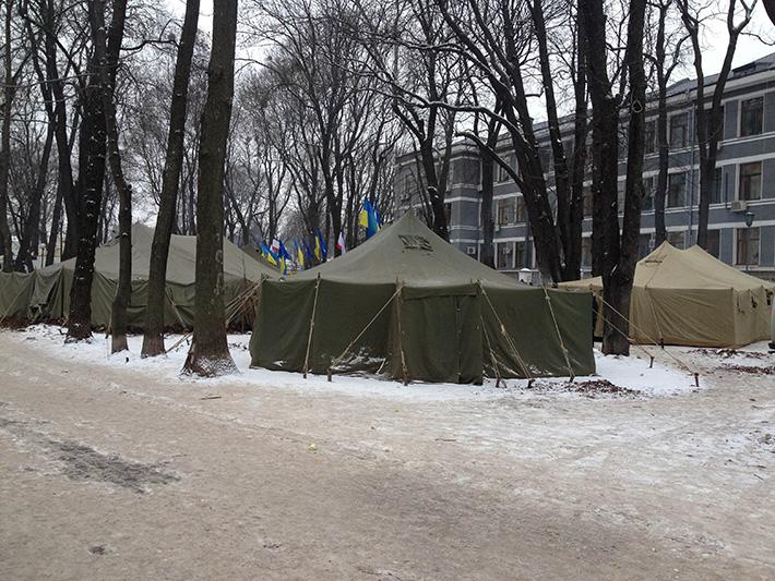 Хроники Евромайдана. Генеральный понедельник (Фоторепортаж)