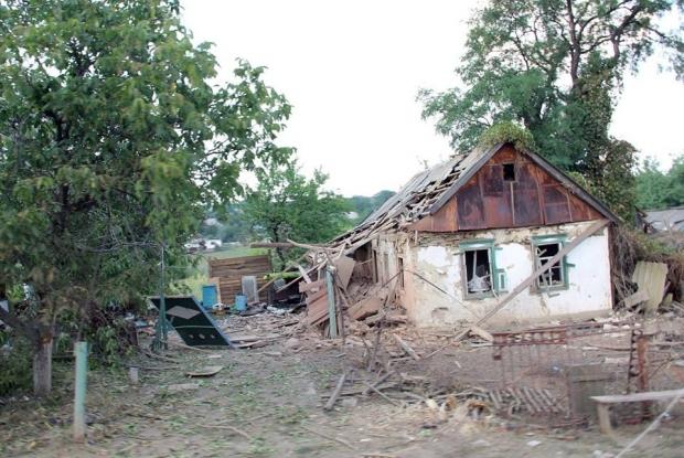 """Российские """"Грады"""" полностью уничтожили украинское село Степановка (Фото)"""