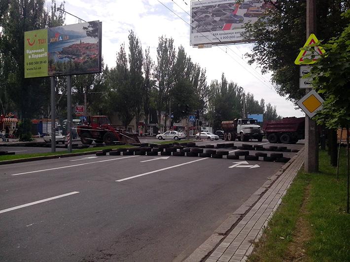 "В ходе АТО в Донецке было уничтожено два ""КамАЗа"", перевозивших сепаратистов (Фото)"