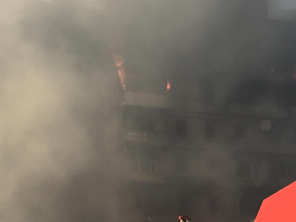 ДНР ведет ожесточенный бой сотрядами Гиви иМоторолы— Донецк впламени