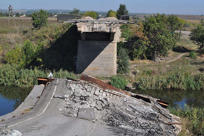 В окрестностях Северска восстановили мост, уничтоженный боевиками, - Жебривский - Цензор.НЕТ 4263