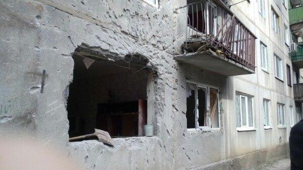 Размещены фото разрушений— Боевики обстреляли Красногоровку