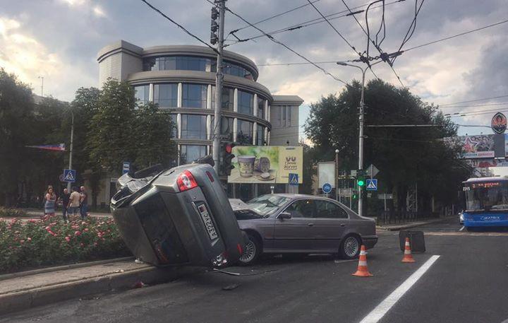 В центре Донецка очередное ДТП
