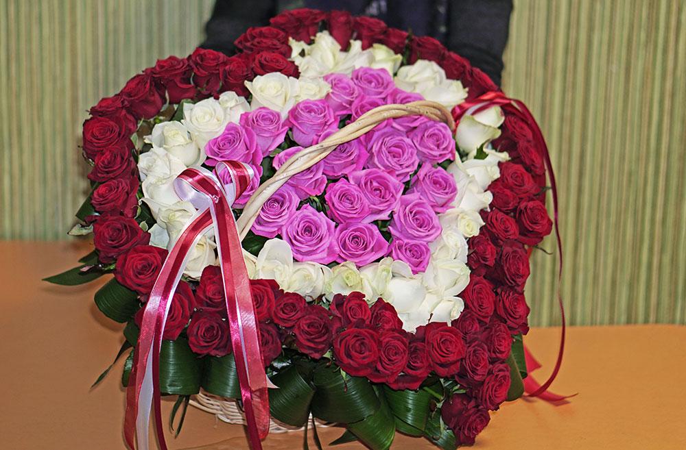 Доставка цветов сердец киев троещина, свадебные