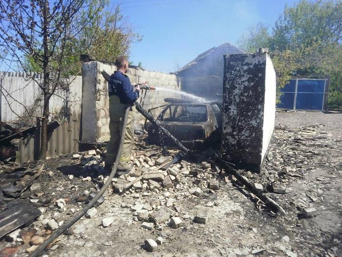 НаДонбассе мужчина сжег три дома иубил себя