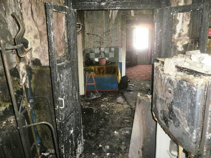 ВЛуганской области мужчина поджег три дома, апотом застрелился