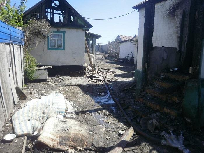 Мужчина сжег дома соседей изастрелился изружья— катастрофа наЛуганщине