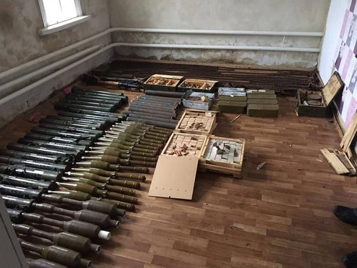 Милиция изъяла арсенал у старый женщины— Гранатометы имины