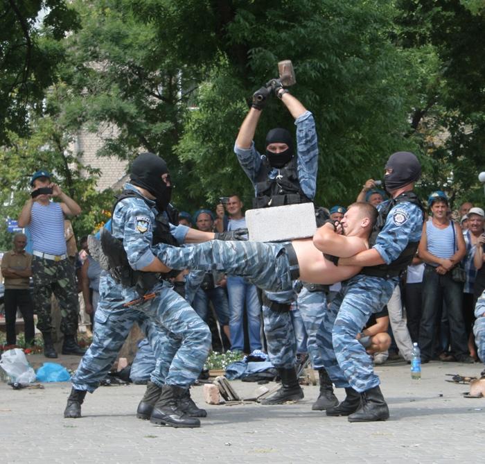 фото луганского беркута его, как
