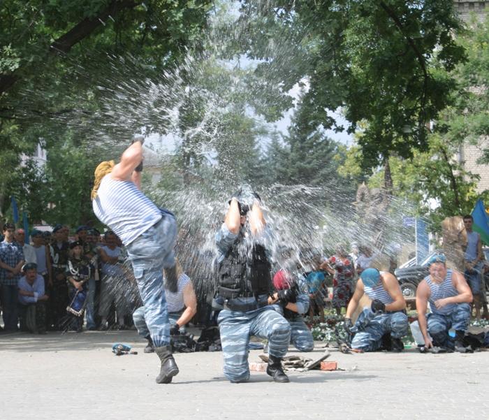 Русские потаскухи избивают друг друга 25 фотография