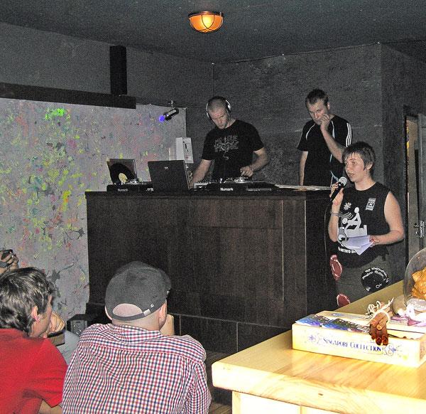 1 раз. Луганские литераторы выступили против запрета порнограф…